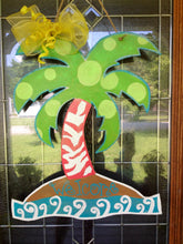 Load image into Gallery viewer, Palm Tree Door Hanger Wreath Beach Summer House