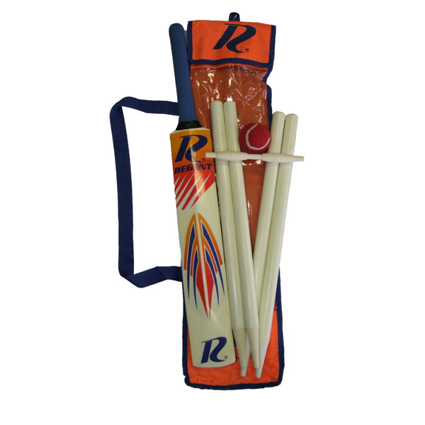 REGENT WOODEN CRICKET SET