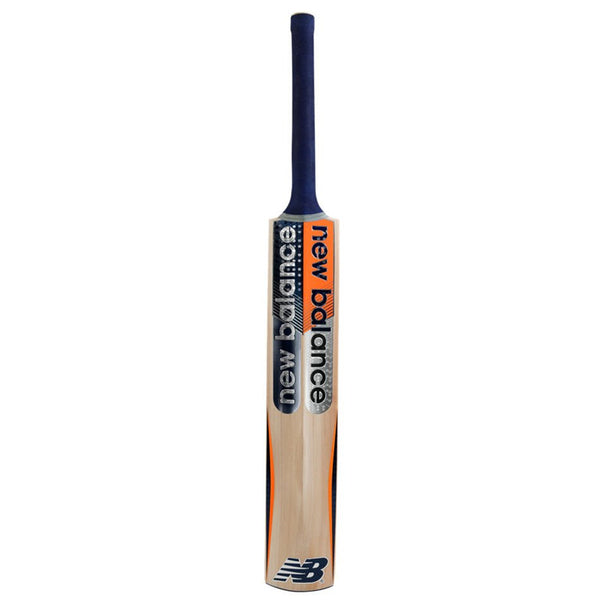 NEW BALANCE DC 380 CRICKET BAT