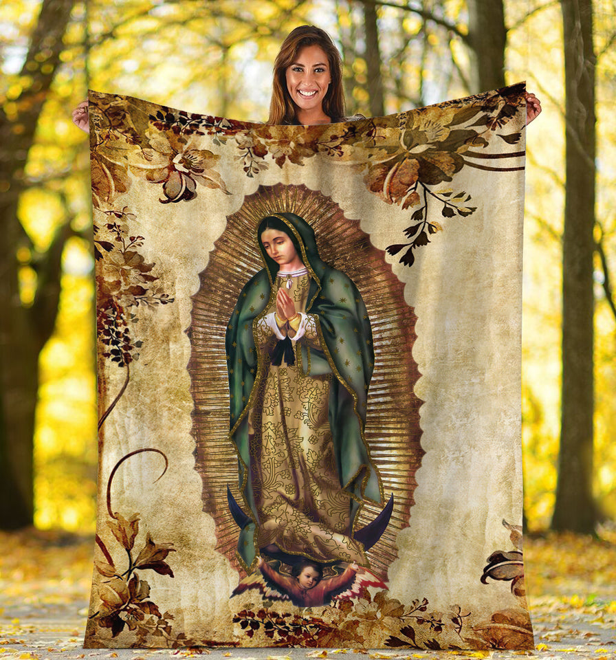 3D ALL OVER PRINTED Our Lady of Guadalupe Blanket 02