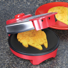 Load image into Gallery viewer, Star Wars Millennium Falcon Waffle Maker