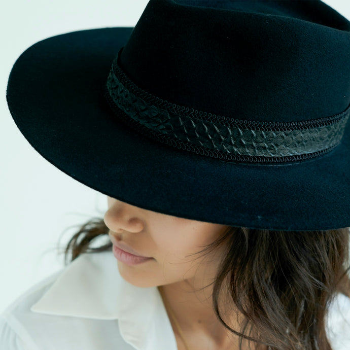 black fedora hat womens