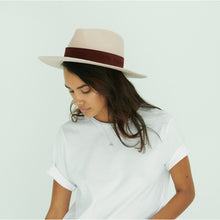 Load image into Gallery viewer, buy women's hats online
