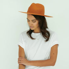 Load image into Gallery viewer, Autumn hats for women