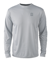 Load image into Gallery viewer, Mens Shoreline Popcorn Knit Long-Sleeve Snook | Platinum | Tyte Lynz