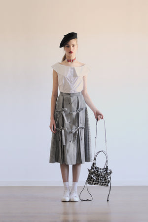 Laces wool skirt