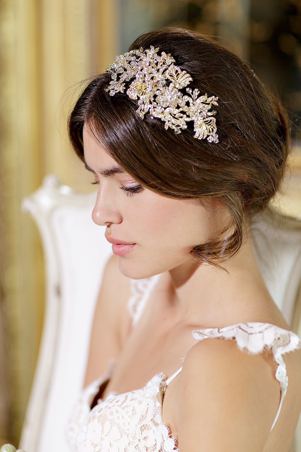 How to choose the right bridal hair accessory