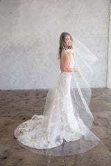 BEAU CHAPEL VEIL WITH BLUSHER - SIMPLE CUT EDGE