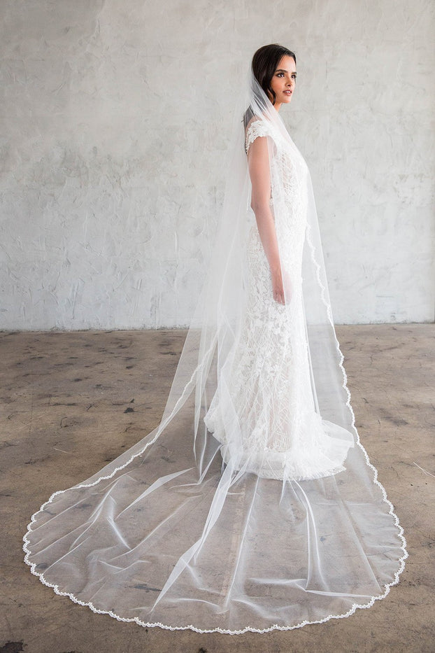 "CYRILLE CATHEDRAL VEIL - SCALLOPED LACE 20"" FROM COMB"