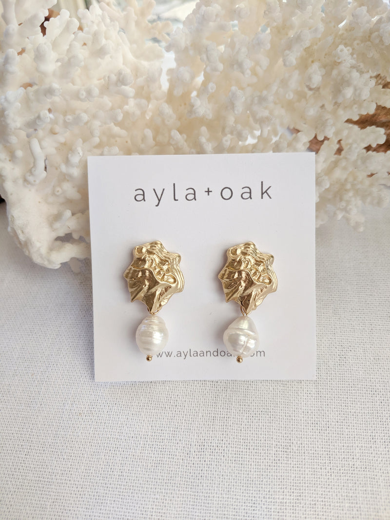 Agar Pearl Earrings