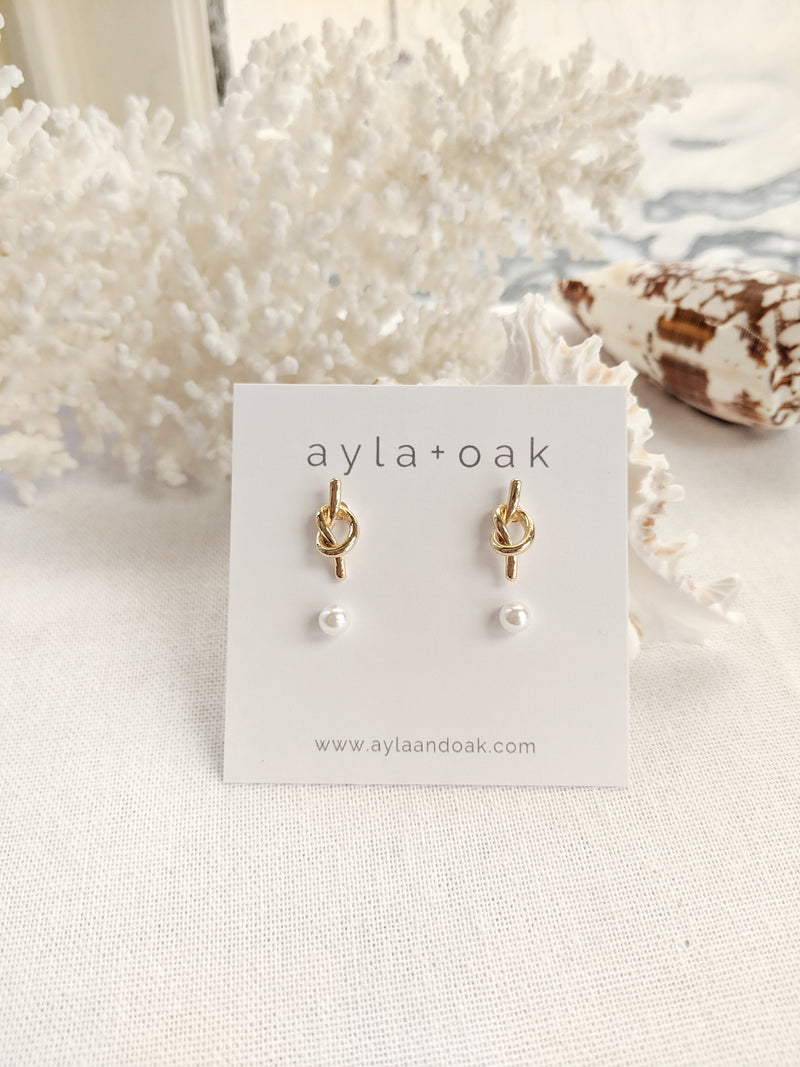 Everly Pearl and Knot Earrings