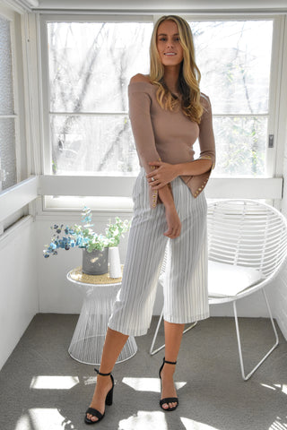 Maddie Off-shoulder Top