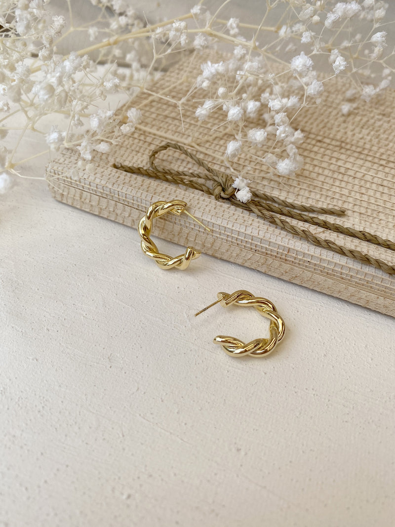 Lia Twist Hoop Earrings - 14k Gold Plated