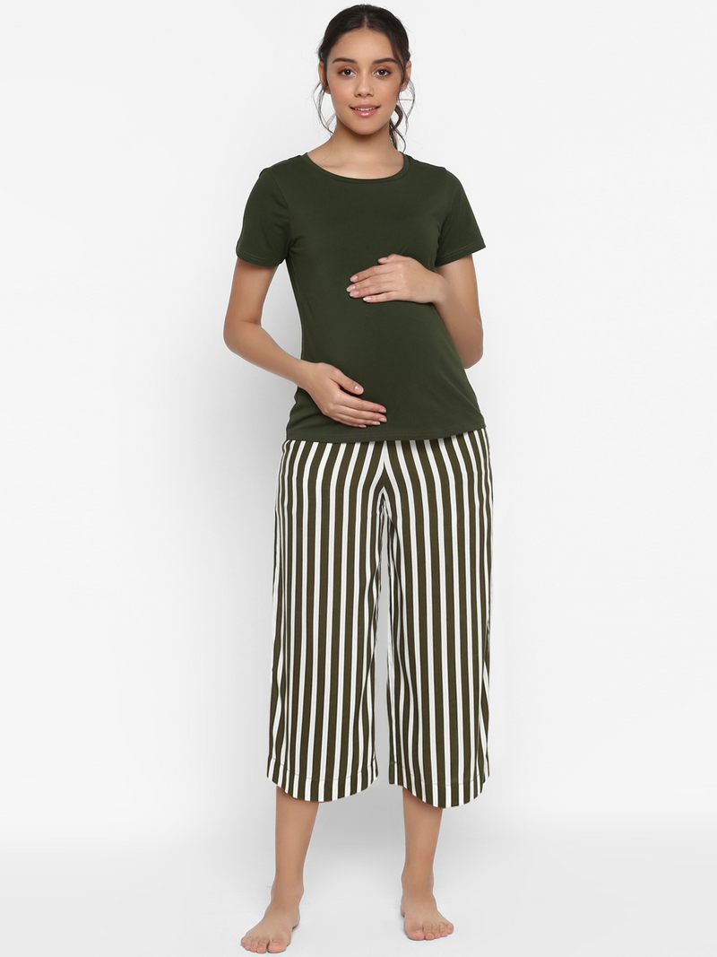 Comfy Maternity Cropped Capri Pants