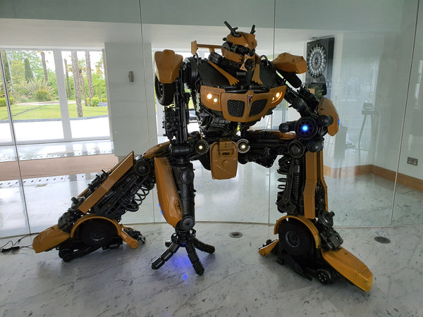 Transformers: Bumblebee LIFE SIZE - Action