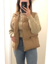 Load image into Gallery viewer, Puffer up beige padded Gilet