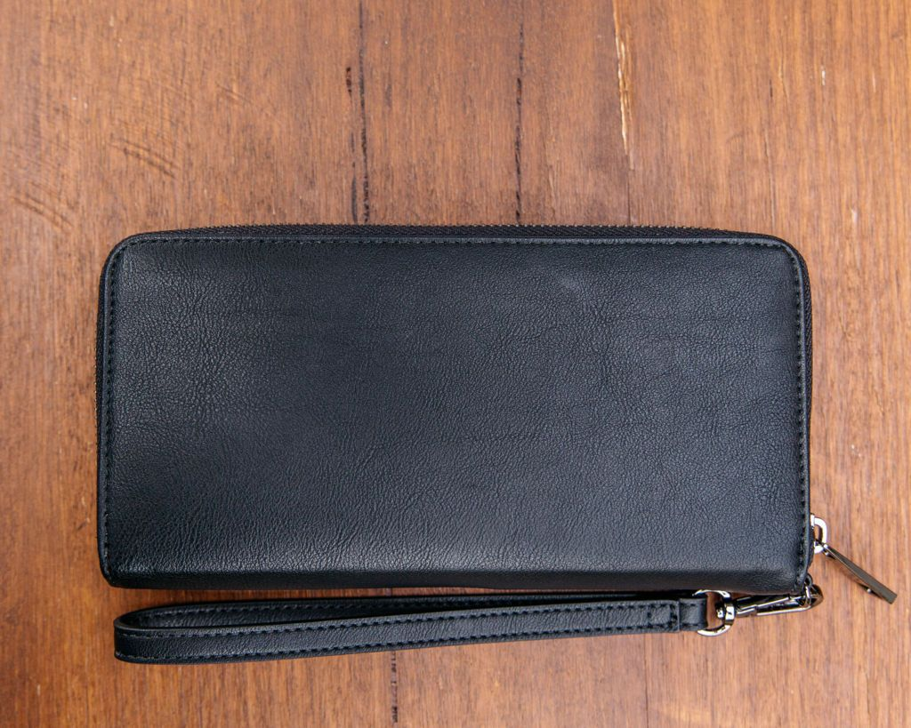 Small Purse: Black (Gunmetal Grey features) Lilly C  lilly-c.myshopify.com
