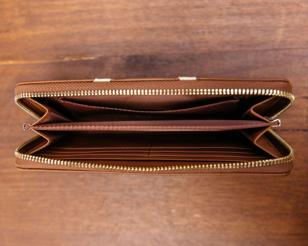 Small Purse: Brown / Cream (Gold features) Lilly C  lilly-c.myshopify.com