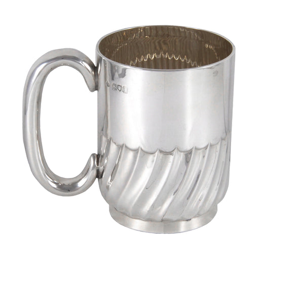 An Edwardian, silver, half fluted, one pint tankard