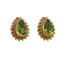 A pair of modern, 9ct yellow gold, peridot set, cord edged stud earrings