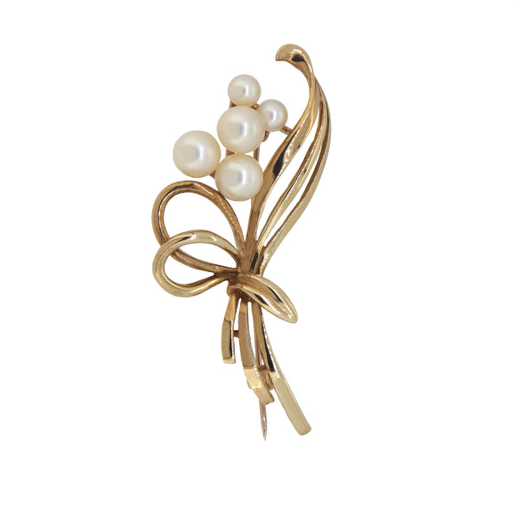 A modern, 9ct yellow gold, pearl set spray brooch