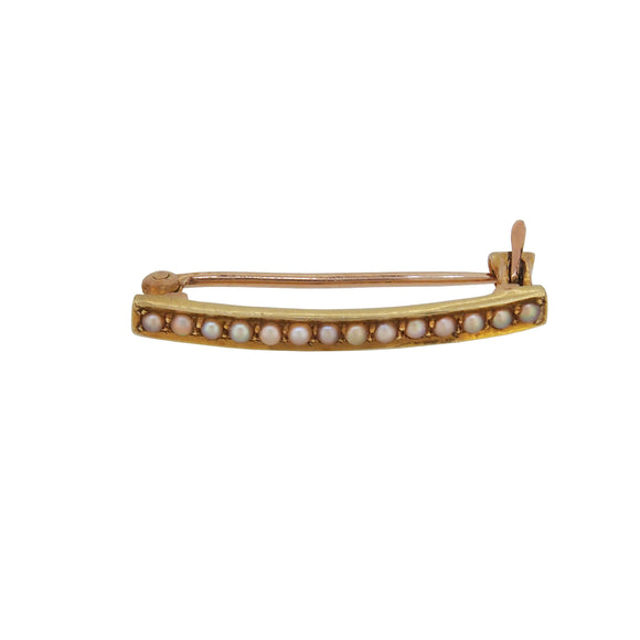 A mid 20th century, 14ct yellow gold, pearl set bar brooch