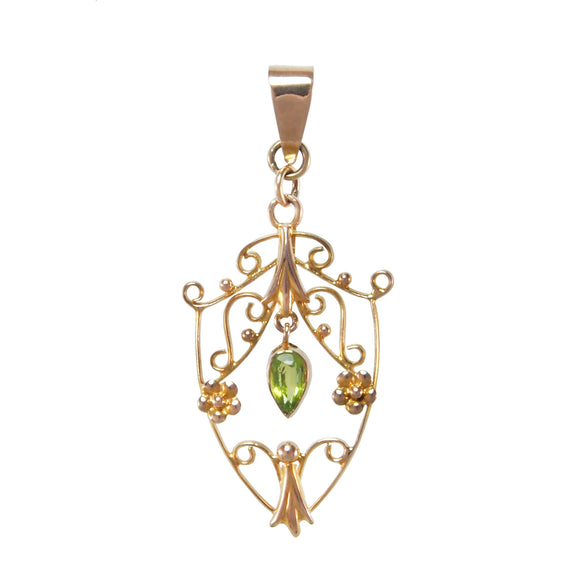 An Edwardian, 9ct yellow gold, peridot set pendant