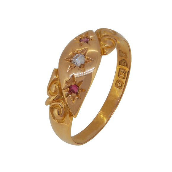 An Edwardian, 18ct yellow gold, ruby & diamond set Gypsy ring