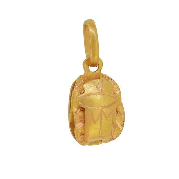 A mid 20th century, yellow gold scarab charm pendant