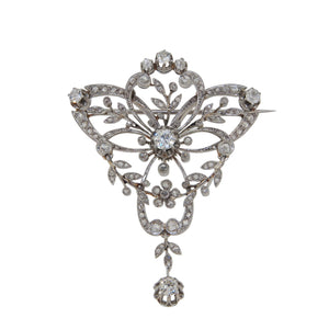 An Edwardian, platinum, diamond set brooch