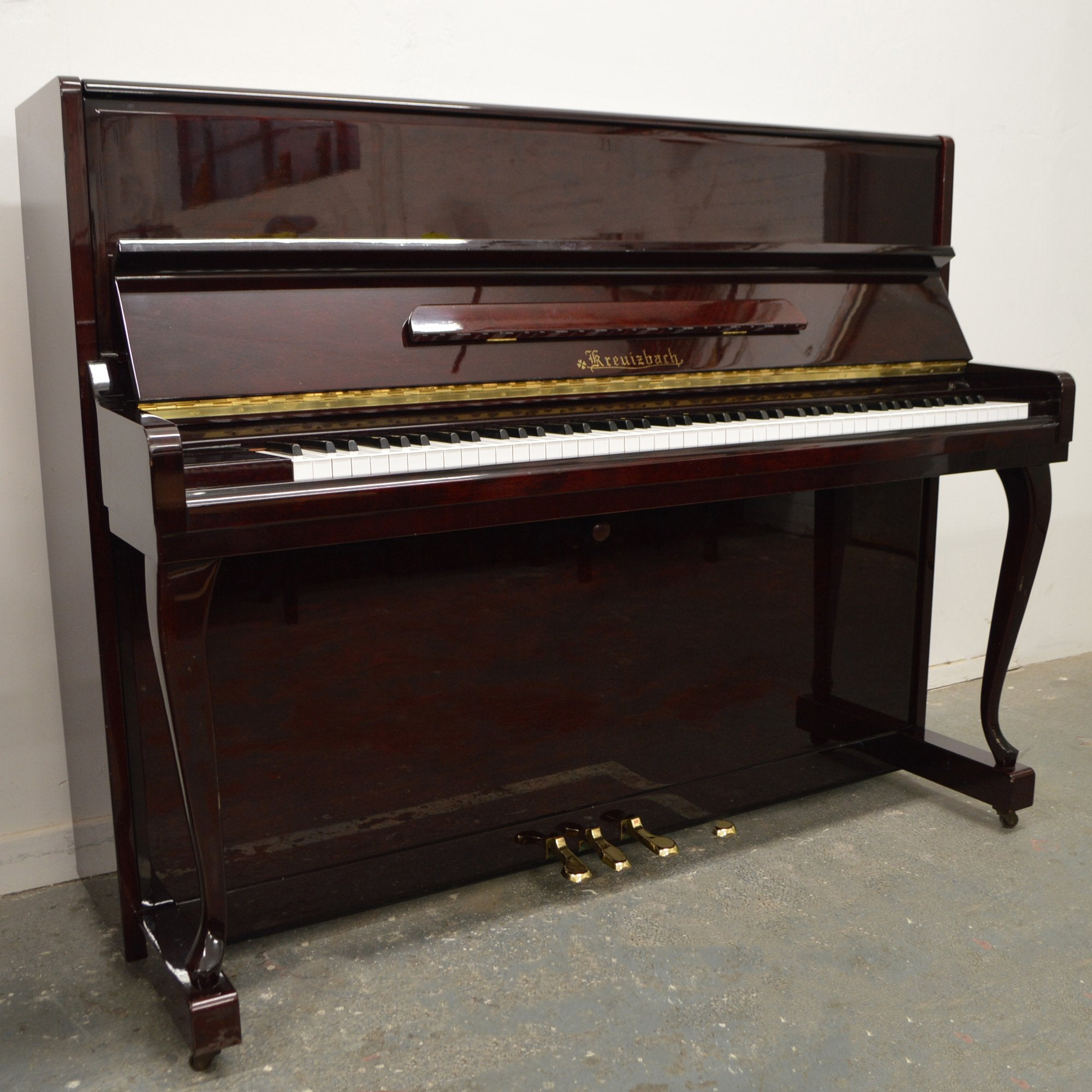 upright used piano