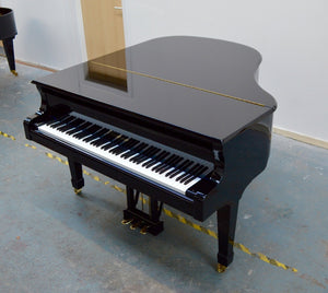 Blüthner 10 Baby Grand Piano in Black High Gloss Finish