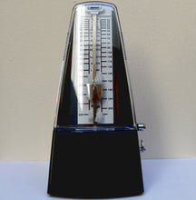 Load image into Gallery viewer, Stagg Black Metronome