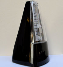 Load image into Gallery viewer, Stagg Black Metronome Detail