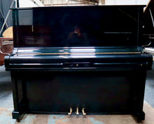 Load image into Gallery viewer, Samick SU131 Upright Piano in black high gloss