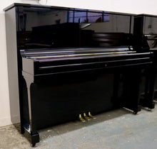 Load image into Gallery viewer, Yamaha U1 in beautiful black high Gloss Finish