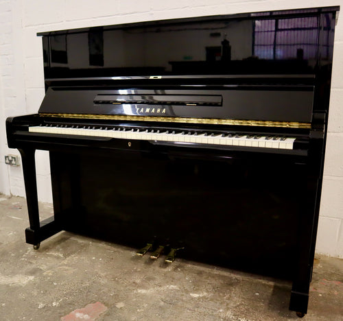 Yamaha U1 in black high Gloss Finish serial number 4024776