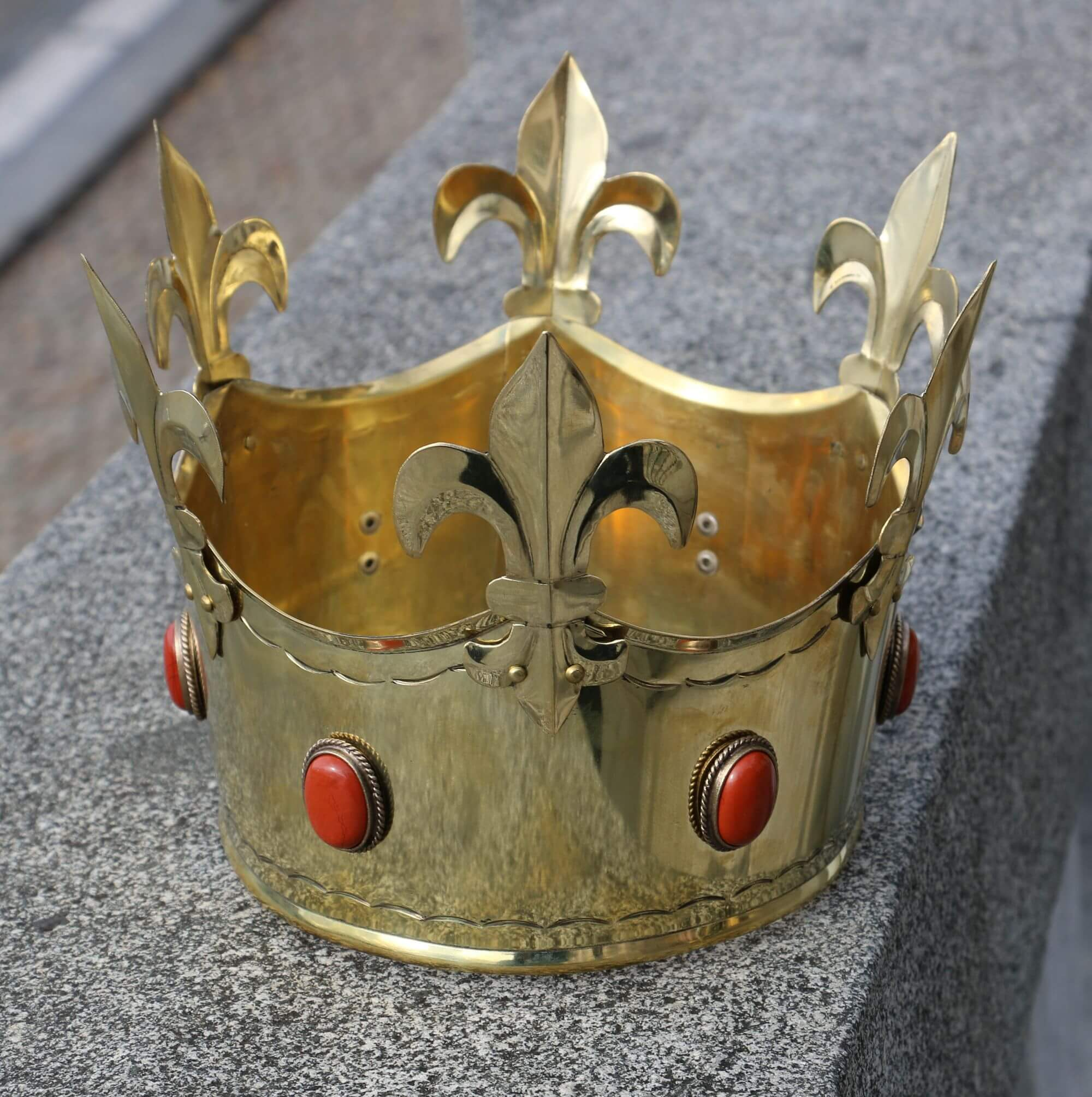REX | Medieval Brass Crown-Esoterico Shop-Esoterico Shop