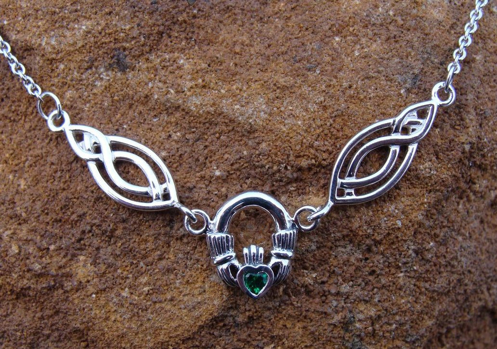 CLADDAGH | Silver Knotted Necklace-Esoterico Shop-Esoterico Shop