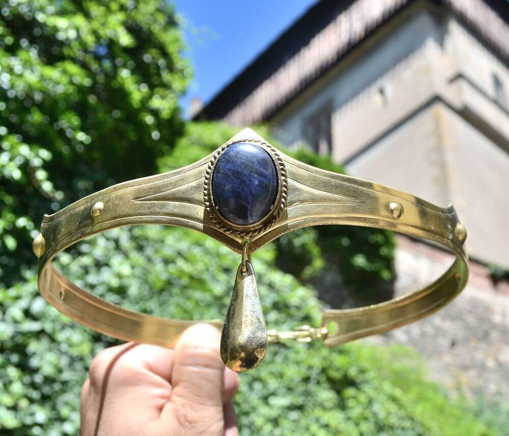 NORICA | Sodalite Brass Crown-Esoterico Shop-Esoterico Shop