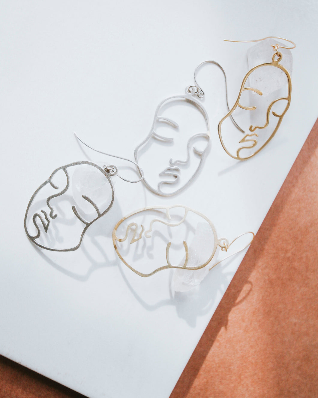 B&B FACE THE DAY EARRINGS