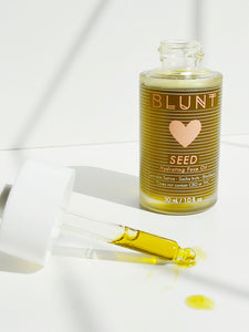 Natural formula, unrefined hemp seed oil. SEED Hydrating Face Oil by Blunt skincare