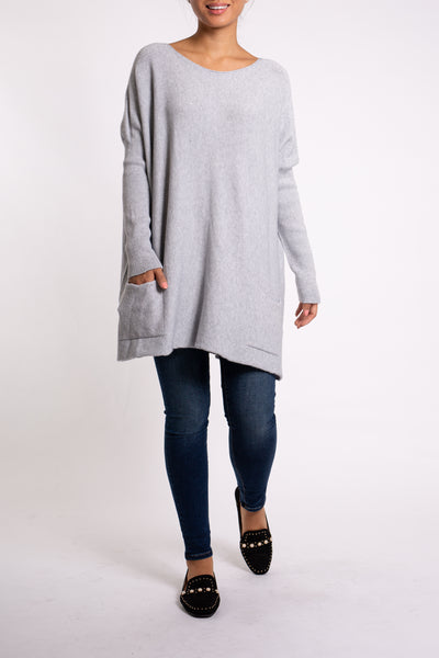 EMA&CARLA Loose Fit Pullover with Front Pockets