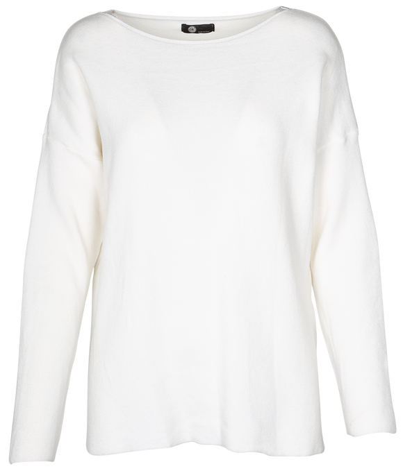 M Made in Italy - Classic Scoop Neck Sweater