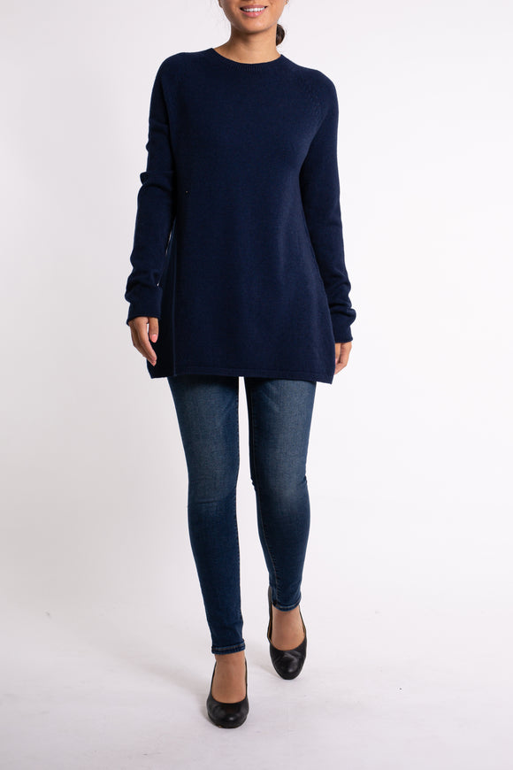 EMA&CARLA Round Neck Sweater