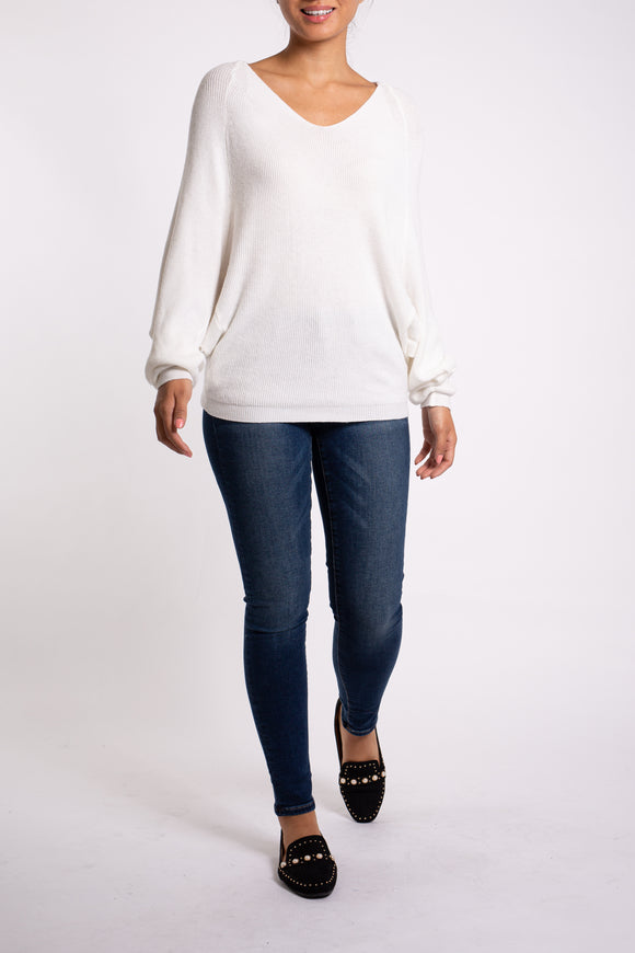 EMA&CARLA V - Neck Sweater