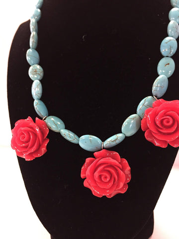 3 Rose Necklace