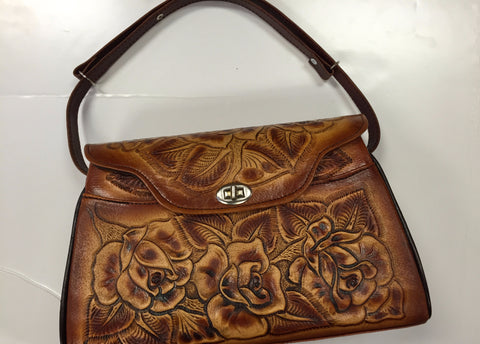 Short leather hand bag