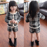 2017 Spring Autumn Toddler Baby Girls Outfits Kids Clothes Black Plaid Cardigan Coats+Short Pants Suit Children Clothing Sets