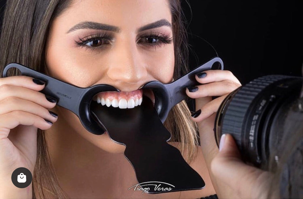 Black Contrasters For Dental Photography